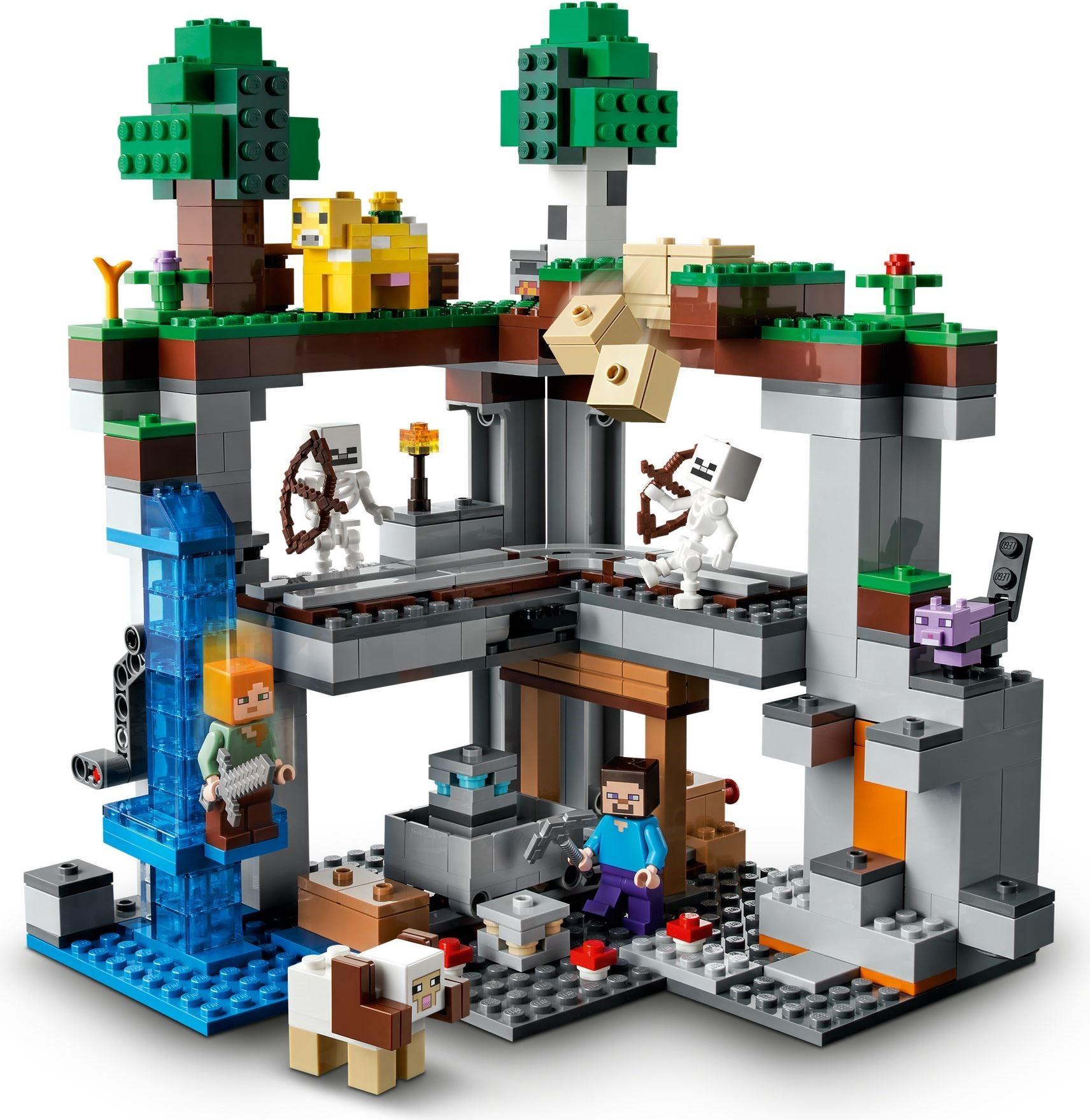 Огляд набору Lego Minecraft 21169 The First Adventure
